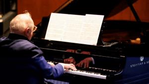 Piano Fingering Musician