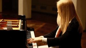 piano fingering play