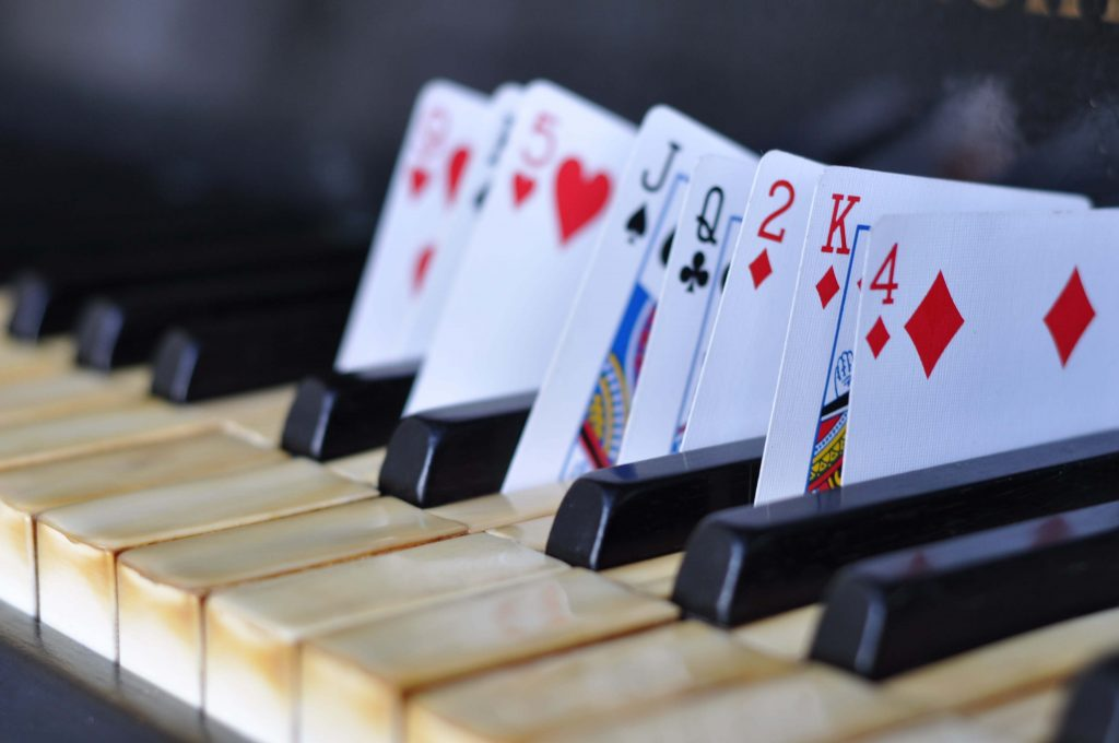 cards in piano