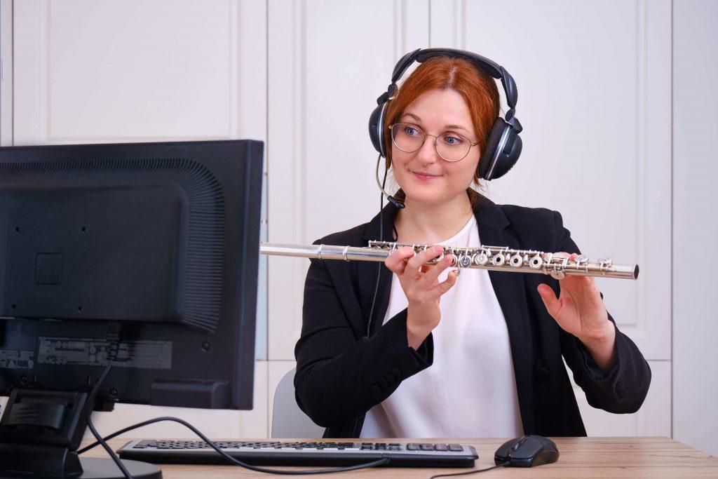 teacher during online flute lesson