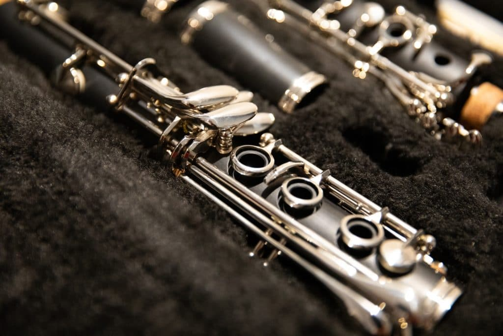 clarinet - woodwind instruments